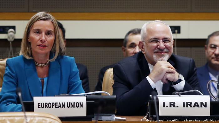 EU-Iran Handel | Federica Mogherini und Javad Zarif (picture-alliance/Xinhua News Agency/Li Muzi)