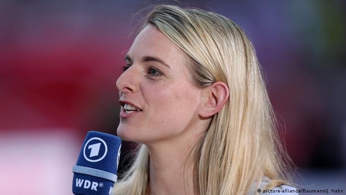 Fußball Frauen Expertin Nia Künzer (picture-alliance/Baumann/J. Hahn)