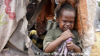 Χιλιάδες παιδιά γεννήθηκαν μέσα στον καταυλισμό