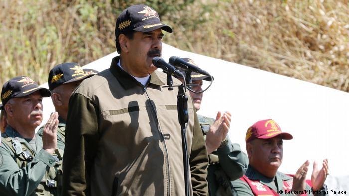 Ніколас Мадуро заявив про розрив відносин з Колумбією
