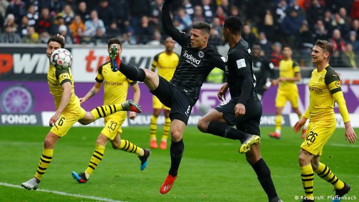 Bundesliga 20. Spieltag   Eintracht Frankfurt vs. Borussia Dortmund   1. TOR Frankfurt