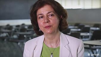 دکتر نیره توحیدی، جامعهشناس و استاد مطالعات زنان در دانشگاه ایالتی کالیفرنیاست