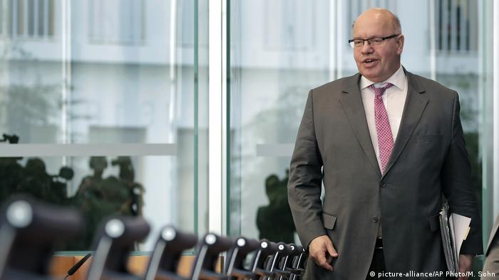 Deutschland Wirtschaftsminister Peter Altmaier (picture-alliance/AP Photo/M. Sohn)