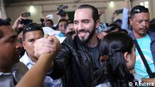 Presidential candidate Nayib Bukele of the Great National Alliance (GANA) greets supporters before casting his vote in a presidential election in San Salvador, El Salvador, February 3, 2019. REUTERS/ Victor Pena NO RESALES. NO ARCHIVES.