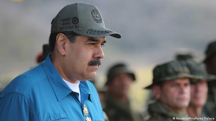 Líder venezuelano Nicolás Maduro durante um exercício militar em Turiamo, a 3 de fevereiro