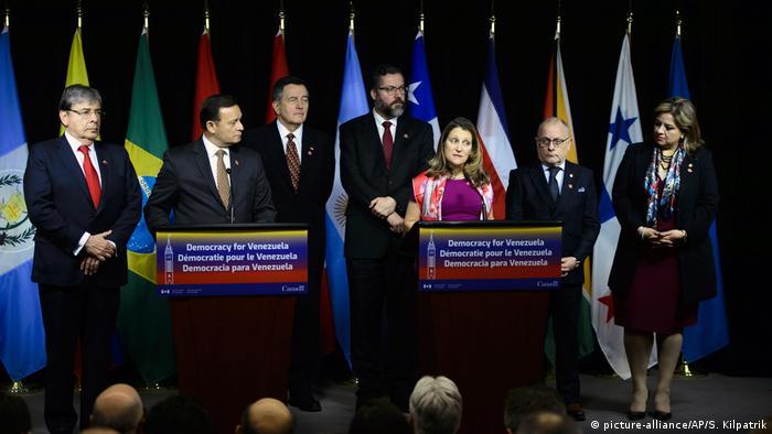 Представники країни групи Ліми під час зустрічі в Оттаві