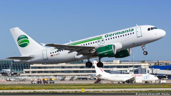 Symbolbild: Germania Airbus (picture-alliance/M. Mainka)