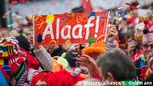 Karnevalsauftakt am 11. November 2018 auf dem Heumarkt in Köln. | Verwendung weltweit