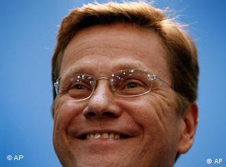 Westerwelle assumiu relacionamento homossexual em 2004