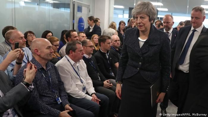 Nordirland Belfast Rede Theresa May, Premierministerin (Getty Images/AFP/L. McBurney)
