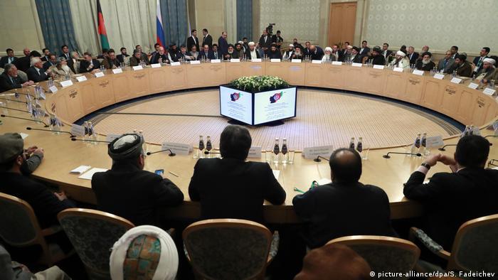 Russland Moskau | Treffen von Politikern aus Afghanistan mit Taliban-Vertretern