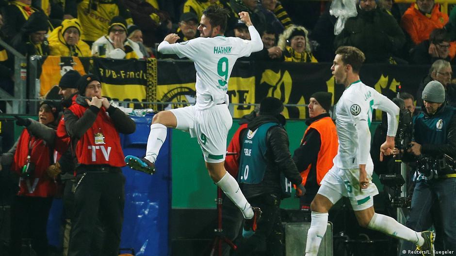 German Cup: Bremen dump Dortmund out on penalties after