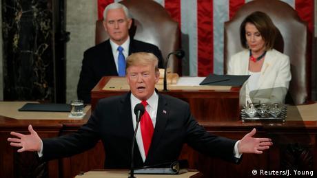 DW: Ο Τραμπ επιζητεί συμφιλίωση - και το τείχος