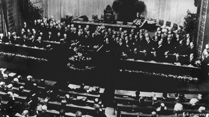 The German parliament of 1919 meeting in Weimar