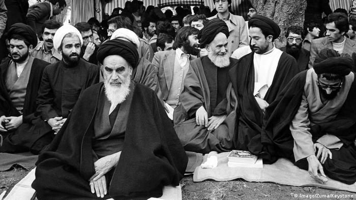Frankreich Ayatollah Khomeini in Neauphle-Le-Chateau (Imago/Zuma/Keystone)