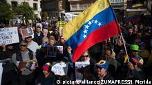 Spanien Pro-Guaido-Demo in Malaga