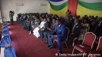 Zentralafrikanische Republik Präsident und Rebellen unterzeichnen Friedensabkommen in Bangui