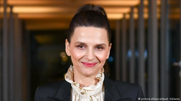 Deutschland 69. Berlinale Juliette Binoche beim Jury-Dinner (picture-alliance/dpa/J. Kalaene)