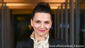 Deutschland 69. Berlinale Juliette Binoche beim Jury-Dinner (picture-alliance/dpa/J. Kalaene)