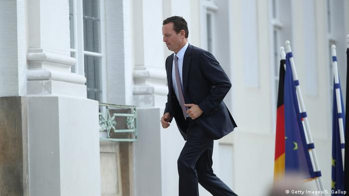 Richard Grenell running (Getty Images/S. Gallup)
