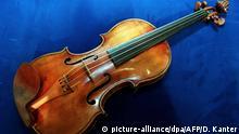 Stradivari (picture-alliance/dpa/AFP/D. Kanter)