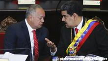 24.01.2019, Venezuela, Caracas: 5761299 24.01.2019 Venezuelan President Nicolas Maduro, right, talks to Venezuela's National Constituent Assembly (ANC) President Diosdado Cabello a ceremony to mark the opening of the judicial year at the Supreme Court of Justice (TSJ), in Caracas, Venezuela. Maduro said that he would not leave his office until the end of his second presidential term in 2025. On December 22, the opposition-run Venezuelan National Assembly adopted a statement declaring President Maduro a usurper. On December 23, Venezuelan opposition leader Juan Guaido declared himself the country's interim president at a mass rally in Caracas, and U.S. President Donald Trump has recognized Guaido as Venezuela's interim president. Stringer / Sputnik Foto: Stringer/Sputnik/dpa |