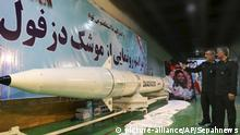 Iran: Rakete Dezful (picture-alliance/AP/Sepahnews)
