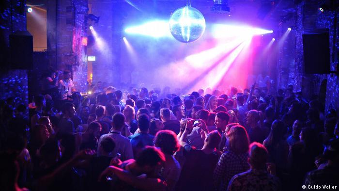 Ночные клубы франции остров сокровищ ночной клуб подольск часы работы