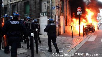 Και πάλι τραυματισμοί, και πάλι συγκρούσεις με την αστυνομία
