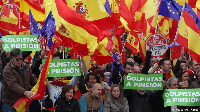 Багато іспанців не задоволені політикою уряду Санчеса