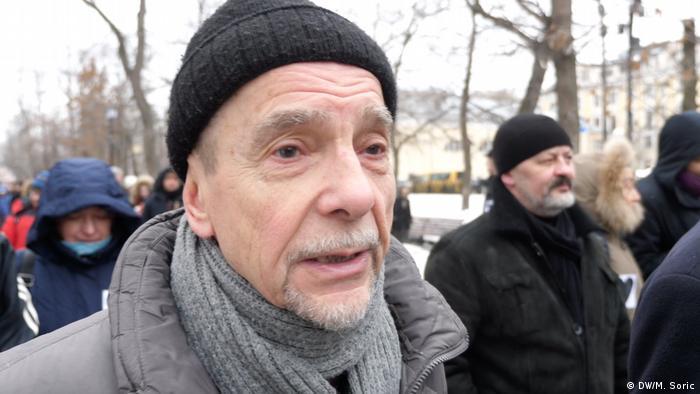 Правозащитник Лев Пономарев на демонстрации в Москве