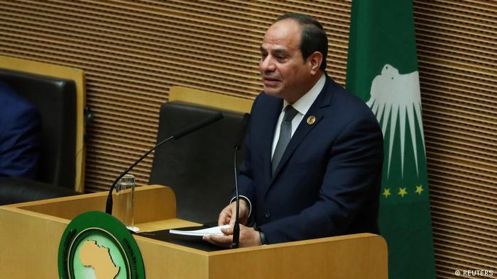 UA: Presidência de Al-Sisi é vista de lado por defensores dos direitos humanos