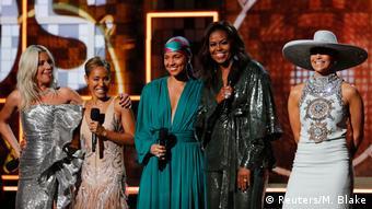 Мишель Обама на сцене