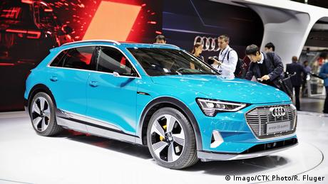 Frankreich Paris - International Motor Show: Audi e tron 55 quattro (Imago/CTK Photo/R. Fluger)