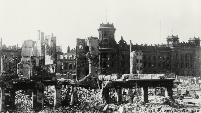 Deutschland Bombenangriff Dresden | Ruinen in Dresden
