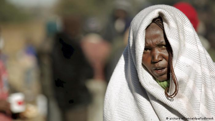 Afrika Obdachlosigkeit - Südafrika, Johannesburg (picture-alliance/dpa/ludbrook)