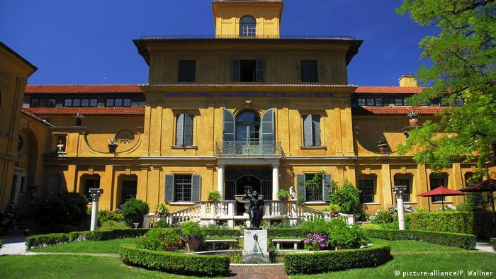 Будинок Ленбаха