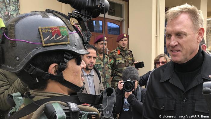 Afghanistan - US-Verteidigungsminister Shanahan in Kabul (picture-alliance/dpa/AP/R. Burns)