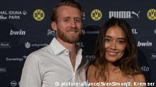 Fussball - DFB Pokal Finale 2017: Empfang - Andre Schuerrle mit Anna Sharypova