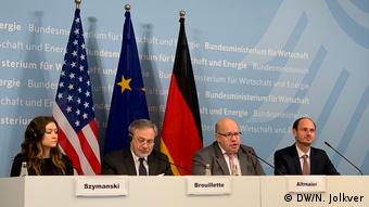 Петер Альтмайер на пресс-конференции с делегацией из США