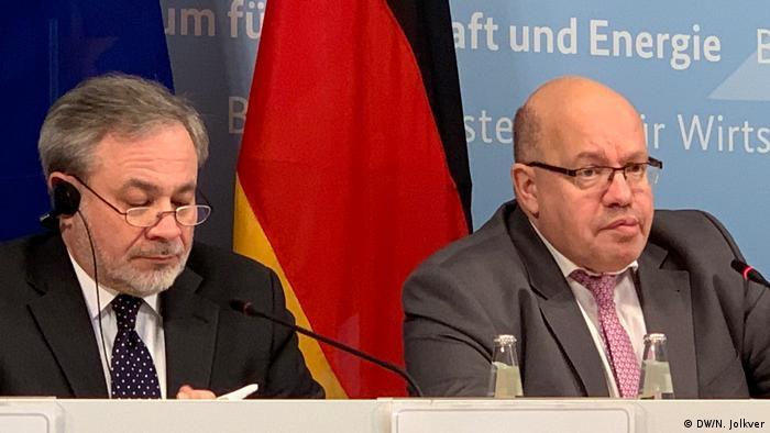 Berlin - Pressekonferenz mit Peter Altmaier und Dan Brouillette (DW/N. Jolkver)