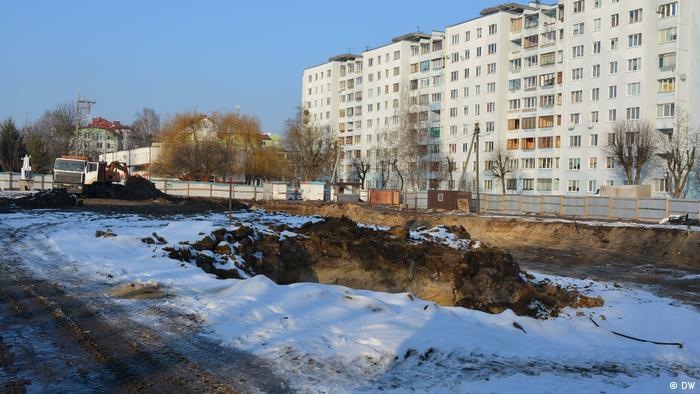 Строительный котлован на месте еврейского гетто, Брест