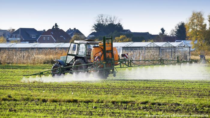 Pesticidi povećavaju prinos, ali i nanose štetu životnoj sredini