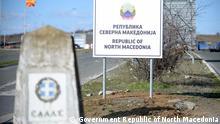 Neue Schilder an der Grenze zwischen Mazedonien und Griechenland nach der Umbenennung der Republik Nord- Mazedonien. 13.02.2019 Government of the Republic of North Macedonia