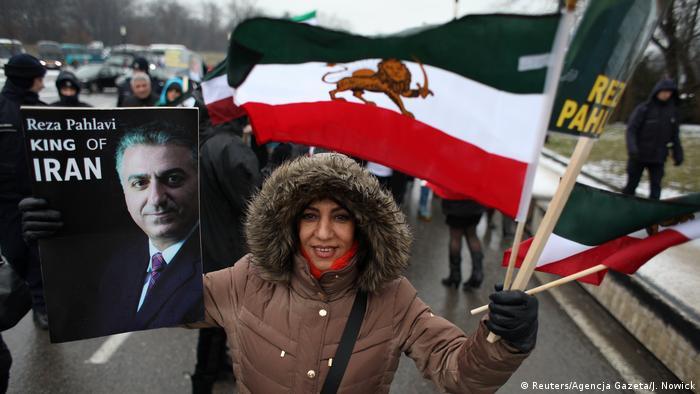 Anti-Iran protesters in Warsaw (Reuters/Agencja Gazeta/J. Nowick)