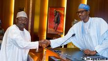 Nigeria Prof. Mahmoud Yakubu (L) Präsident Muhhamadu Buhari