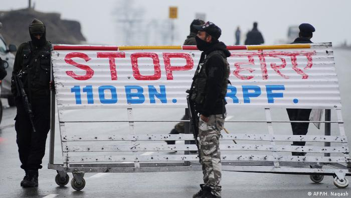 Security forces at a road bloc