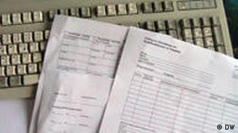 Papiere und Dokumente im Büroalltag