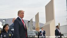 USA - Trump besichtigt Mauer-Prototypen (Getty Images/AFP/M. Ngan)