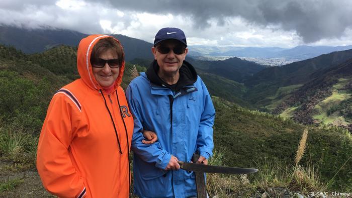 BG Humboldt - Jose Carlos Arias, Geschichtsschreiber mit seine Frau, Oliva (DW/C. Chimoy)